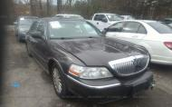 2005 LINCOLN TOWN CAR SIGNATURE #1460725767