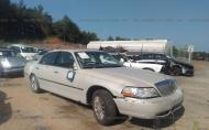 2005 LINCOLN TOWN CAR SIGNATURE #1694977514